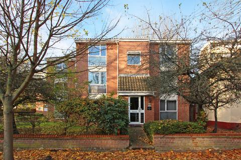 1 bedroom flat for sale - Sunninghill Court, Bollo Bridge Road, Acton, London, W3