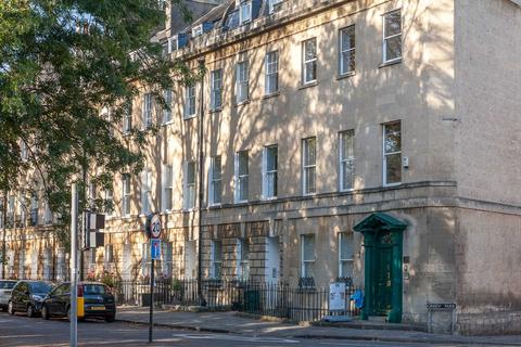 2 bedroom apartment to rent - Green Park