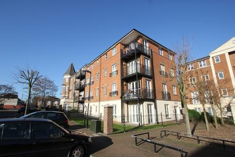 2 bedroom flat to rent - Gareth Drive, N9