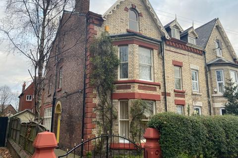 6 bedroom semi-detached house to rent - Newsham Drive, Newsham Park, Liverpool, L6 7UQ