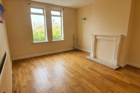 2 bedroom flat to rent - Sea Road, Fulwell, Sunderland