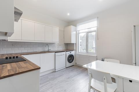 2 bedroom flat to rent - St. Elmo Road London W12