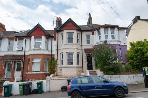 8 bedroom terraced house to rent - Hollingbury Road, Brighton BN1