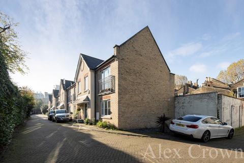 3 bedroom mews for sale - Old Forge Road, Archway
