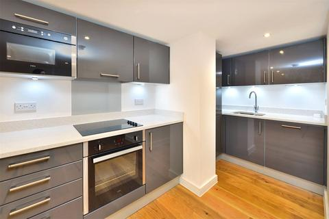 2 bedroom flat to rent - Pembroke Road, Muswell Hill, N10