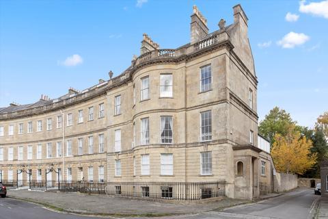 3 bedroom flat for sale - Lansdown Crescent, Bath, Somerset, BA1