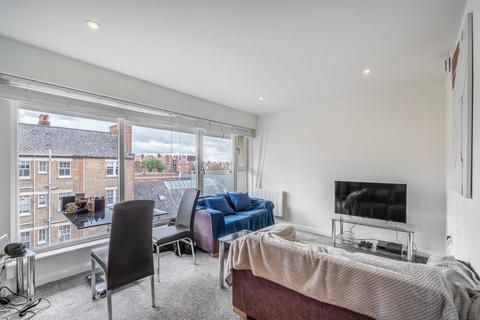 2 bedroom flat to rent - Richmond Court, Kensington Olympia, West Kensington, London, W14