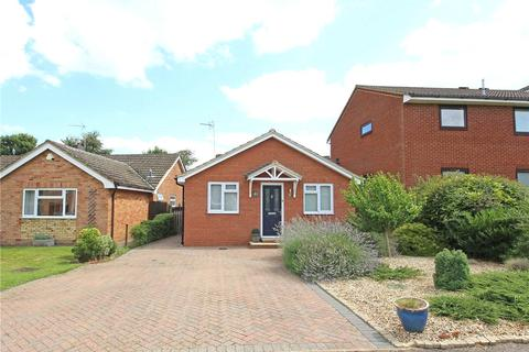 3 bedroom bungalow to rent - Tuffnells Way, Harpenden