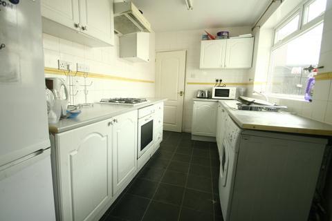 4 bedroom terraced house to rent - Croft Avenue, Millfield, Sunderland, SR4