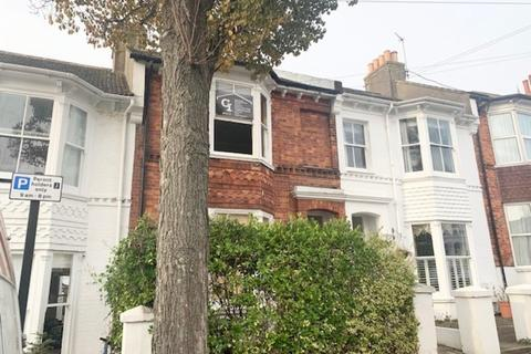 4 bedroom terraced house to rent - Chester Terrace, Brighton
