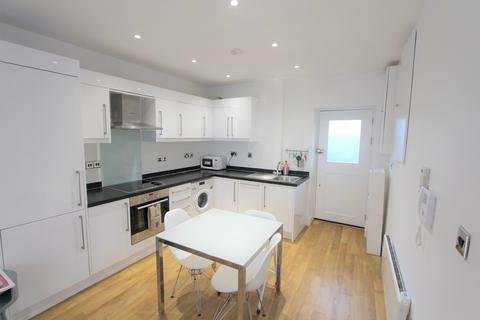 2 bedroom apartment for sale - Camden High Street, Camden Town, NW1