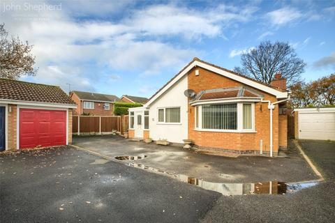 2 bedroom bungalow for sale - Bellington Croft, Shirley, Solihull, B90