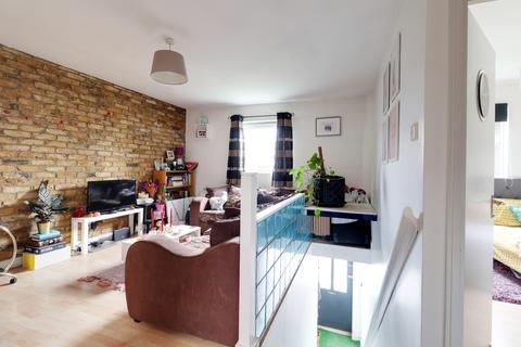 2 bedroom apartment for sale - Archway Road, Highgate, London, N6
