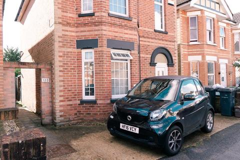 2 bedroom ground floor flat for sale - Markham Road, Bournemouth