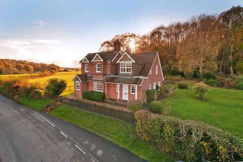 5 bedroom detached house for sale - Vauxhall Lane, Tonbridge, TN11 0NF