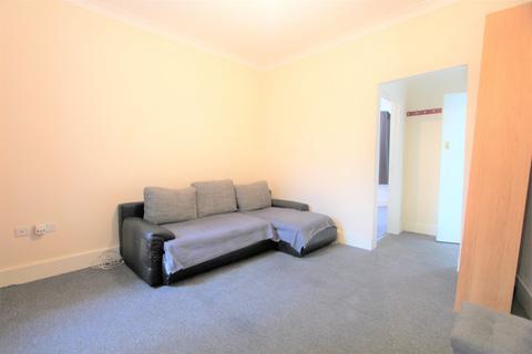 1 bedroom flat to rent - St. Martin's Road, Edmonton, N9