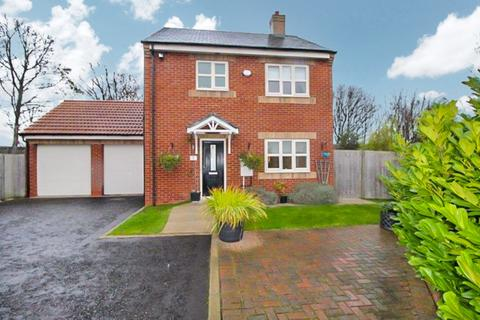 3 bedroom detached house for sale - Delaval Court, Seaton Delaval, Whitley Bay