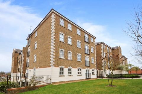 2 bedroom flat - Brook Square, Shooters Hill SE18