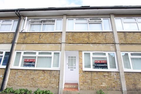 Property for sale - The Broadway, Sutton