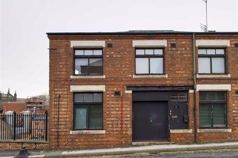 2 bedroom flat to rent - High Street, Stockport