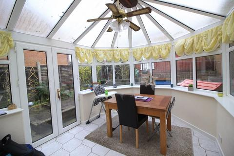 3 bedroom end of terrace house for sale - Orchard Road, Compstall, Stockport, SK6