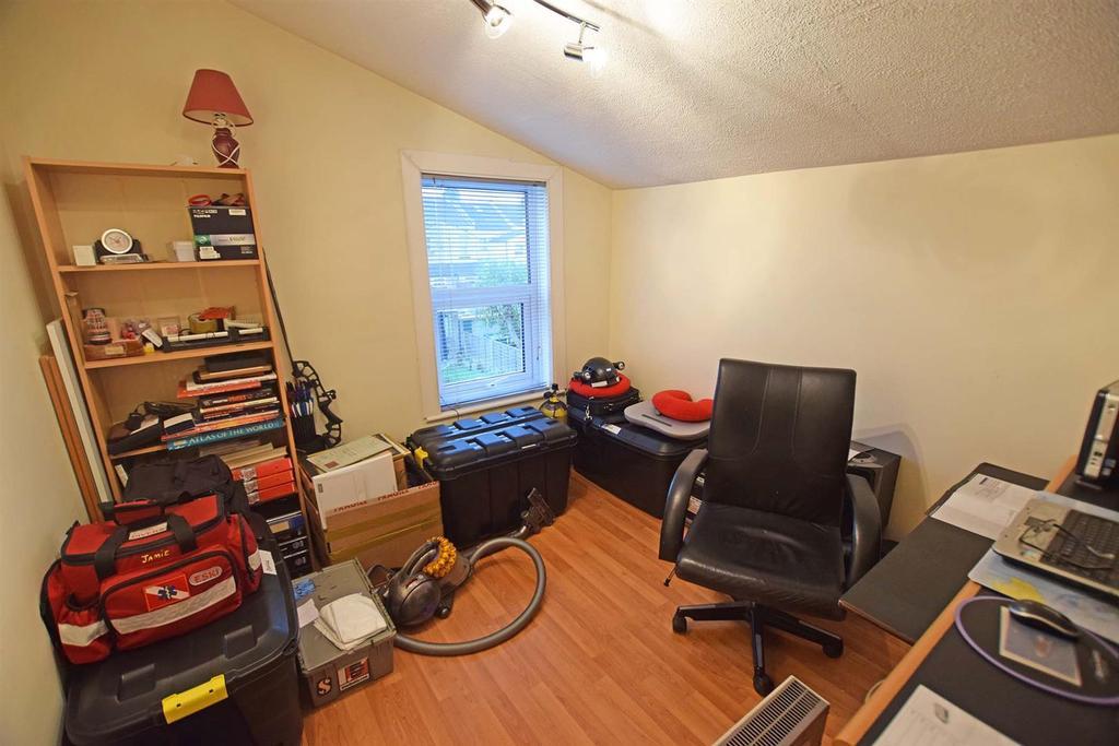 Cowper bedroom 3