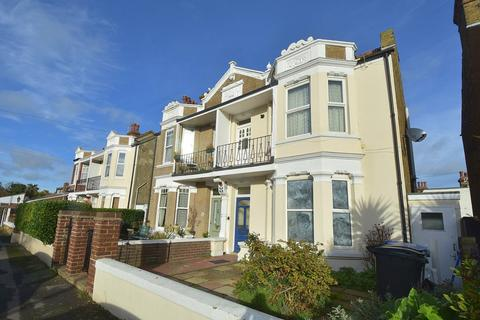 2 bedroom flat for sale - 7 Seapoint Road, Broadstairs, CT10