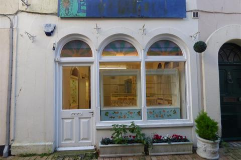 Property to rent - Union Street, Dartmouth