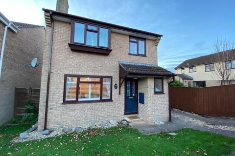 3 bedroom detached house for sale - Honeysuckle Close, TIVERTON, Devon