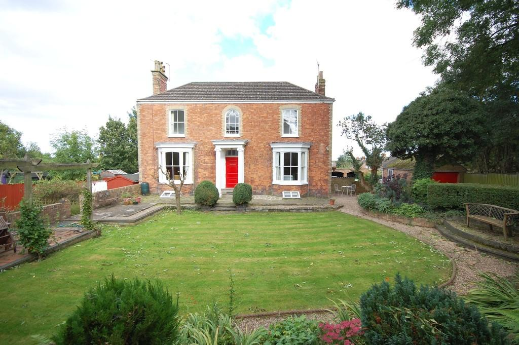 4 Bedrooms Town House for sale in No 4 Hill Terrace, Louth