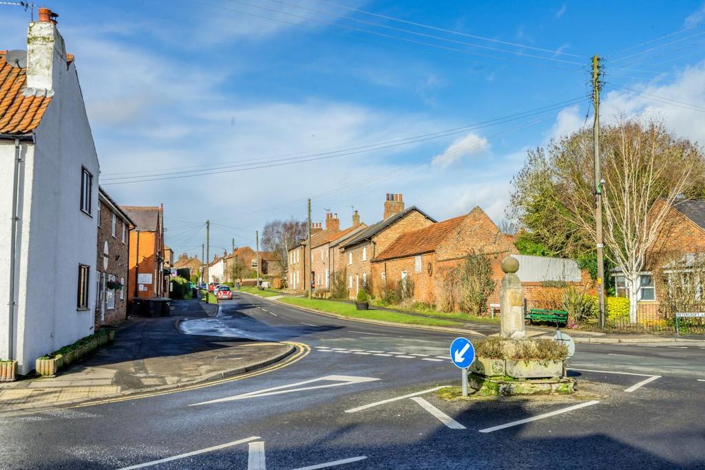 Dunnington village 2.jpg