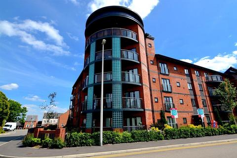 1 bedroom flat for sale - Churchfields Way, West Bromwich, B71 4FF