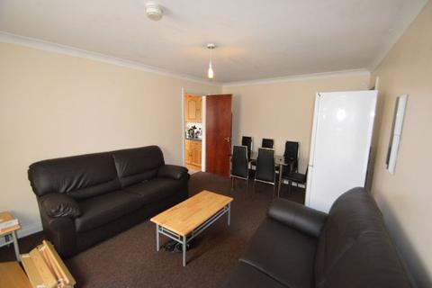 6 bedroom flat to rent - Teignmouth Road, Selly Oak