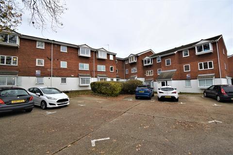 2 bedroom flat for sale - Heathdene Drive Belvedere DA17