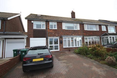 4 bedroom semi-detached house for sale - Woodburn Square, Whitley Bay, Tyne & Wear, NE26 3JE