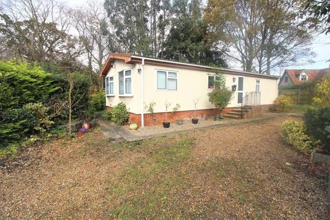 3 bedroom mobile home for sale - Burgh Hall Park, Tower Road, Fleggburgh, NR29