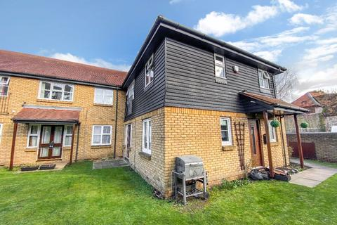 1 bedroom apartment for sale - Meadowlea Close, Harmondsworth, UB7