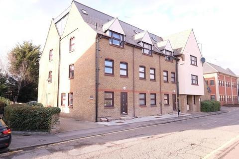 2 bedroom apartment - Glebe Road, Chelmsford, CM1