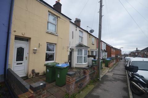 3 bedroom house to rent - Earls Road, Southampton - Student Property - 3 Double Bedrooms - Private Garden - Available 1st July 2021