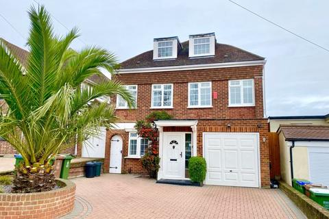 5 bedroom detached house for sale - Glenhurst Avenue, Bexley