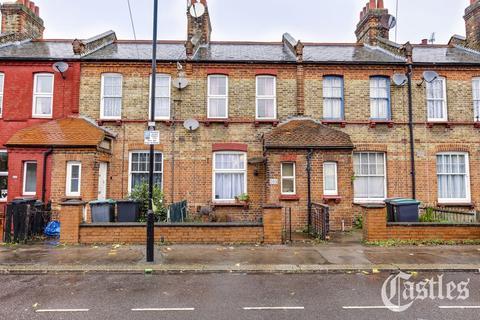 2 bedroom terraced house for sale - Farrant Avenue, London, N22