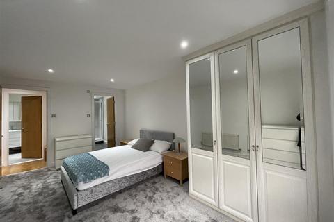 2 bedroom apartment to rent - 10 Newport Avenue, London
