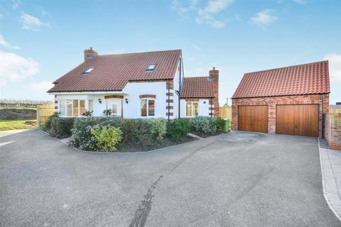 3 bedroom detached house for sale - Homeleigh Court, Middle Rasen, Market Rasen