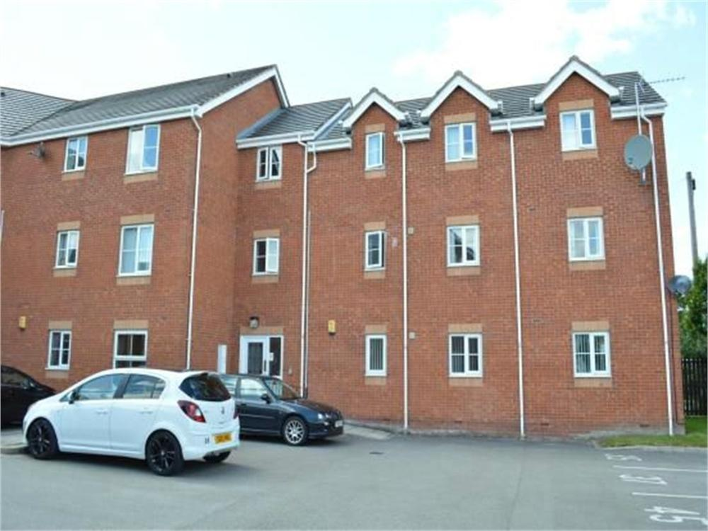 2 Bedrooms Flat for sale in Ashtons Green Drive, ST HELENS, Merseyside