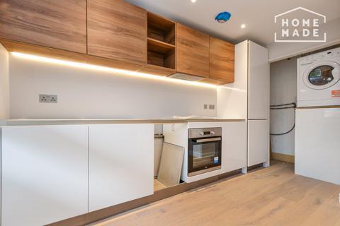 Studio to rent - Luxborough Street, Marylebone, W1U