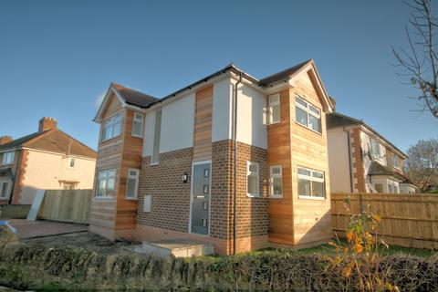 2 bedroom detached house - Downside Road, Headington