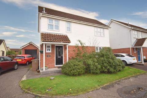 3 bedroom link detached house for sale - Lettons Chase, South Woodham Ferrers, Chelmsford, Essex, CM3