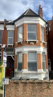 2 bedroom flat to rent - Ferme Park Rd, London N8