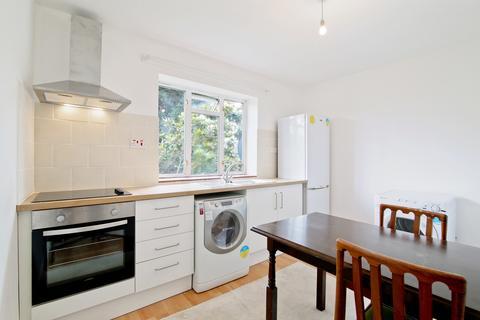 2 bedroom flat to rent - Vale Street, West Norwood, SE27