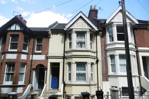 3 bedroom maisonette to rent - Millers Road, Brighton BN1